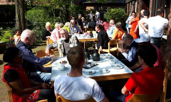 Café der Kulturen draußen