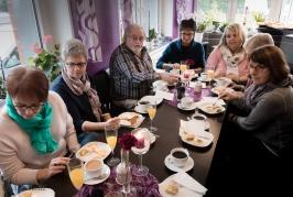 Café für die Damen vom Café-2