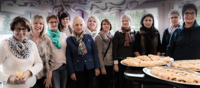 Café für die Damen vom Café-3