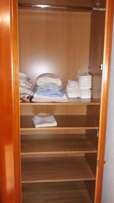 Nr.3 SZ-Schrank hinter Türen links