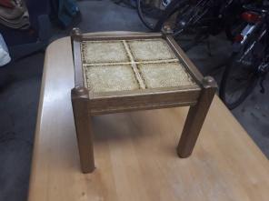 Nr.2 Tischchen 35 x 35 cn, Höhe 30 cm